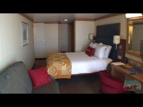 tour a deluxe verandah state room on the disney dream