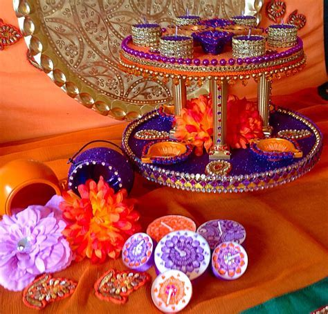Beautiful double tiered Mehndi plate, vibrant orange and