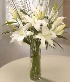 Lilly Vase White Lily Vase Making Scents Florist Greenford