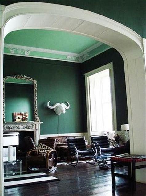 dark green room 1000 ideas about emerald green bedrooms on pinterest