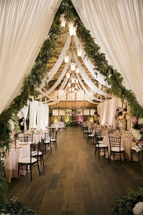 barn wedding table decoration ideas 2 barn decoration rustic wedding ideas oosile