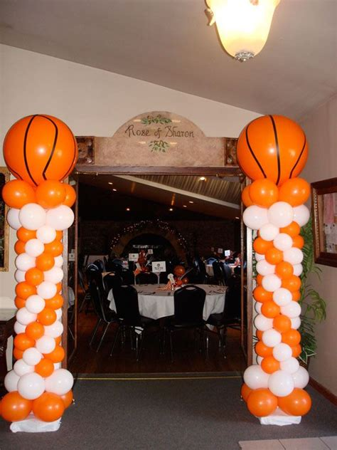 sports themed balloon decor 25 best ideas about basketball on