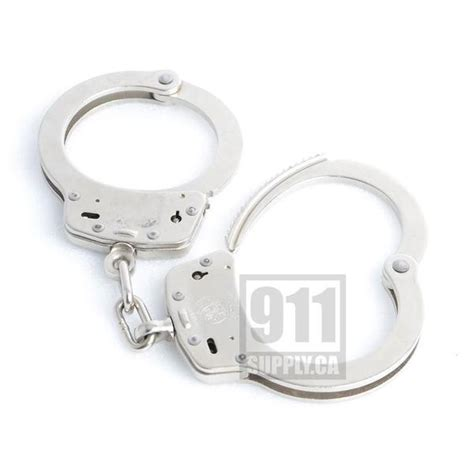 smith and wesson handcuffs model 100 smith wesson handcuff model 100 nickel 350103 911supply ca