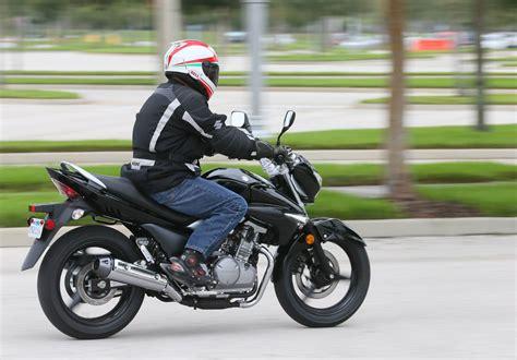 suzuki riding 2013 suzuki gw250 md riding impression 171 motorcycledaily