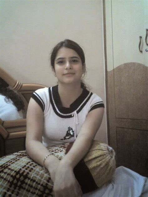 20 years old pakistani girls pictures girls pictures desi girls wallpapers and mobile numbers may 2014