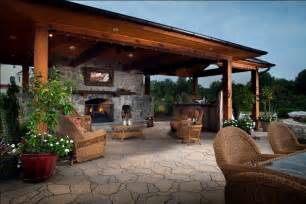 Traditional taste of outdoor kitchens and fireplaces