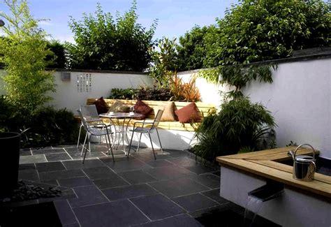 pavimentare un giardino come pavimentare un giardino idee per il pavimento da