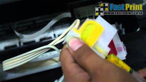 Cartridge Printer Epson L120 how to remove the ink cartridge cleaning the printhead