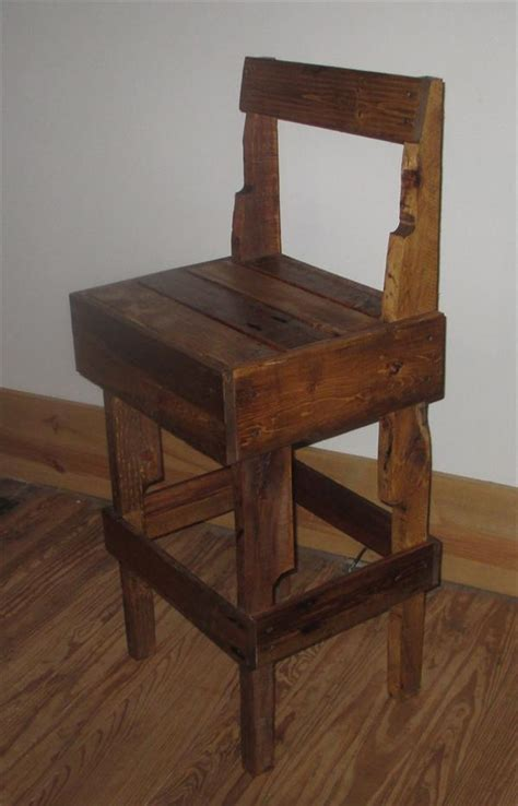 diy pallet stool  backrest pallet furniture plans