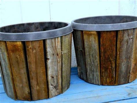 lade per piante da interno ecco come trasformare dei semplici vasi di plastica in