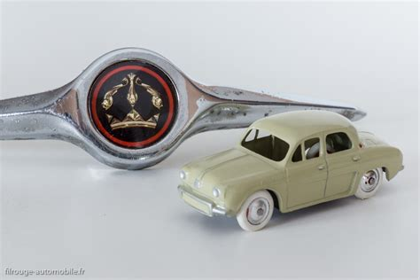Plaque De Tole 1957 by Une Voiture Une Miniature Renault Dauphine C I J