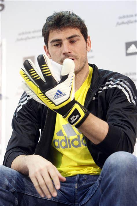 Adidas Valdes iker casillas photos photos iker casillas helps launch