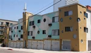 Apartment For Rent Los Angeles Time Curiosity For Rent 80s Pop In Koreatown L A At Home