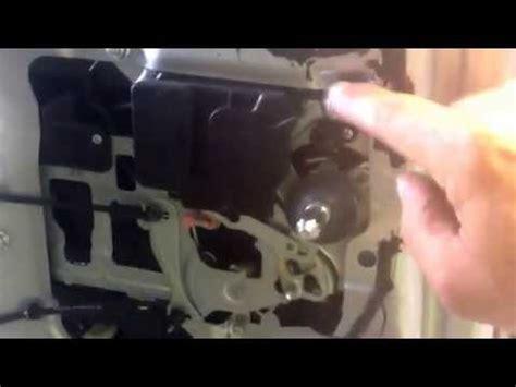 Kia Sedona Rear Door Problems Kia Sedona Hyundai Entourage Power Sliding Door Repair