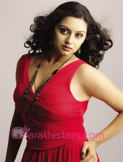 shruti marathe actress marathi shruti marathe marathi actress photos biography