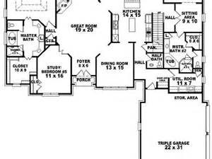 house plans 2 master suites single story single story house plans with two masters home deco plans
