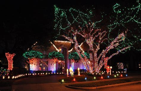 top 4 neighborhoods for christmas lights in dfw