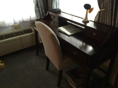 simsbury 1820 house cute desk for work or writing foto di simsbury 1820 house simsbury tripadvisor