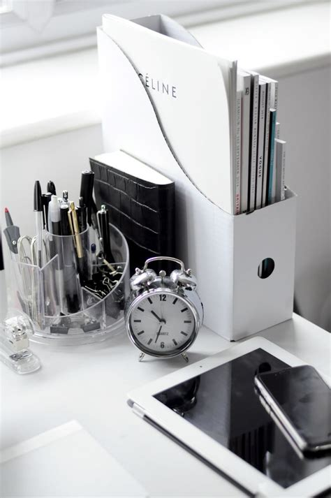 desk accessory 25 best ideas about desk accessories on