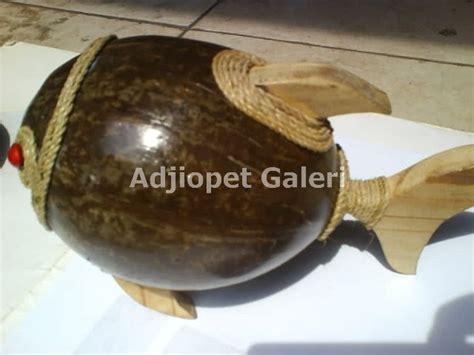 Lu Hias Batok kerajinan tempurung kelapa celengan 1