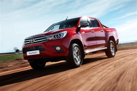 Toyota Complaints Department Uk Toyota Hilux Invincible 2016 Review By Car Magazine