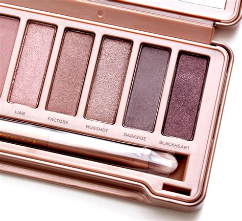3 Eyeshadow Naked3 Terbaru New a look at the new decay naked3 palette a