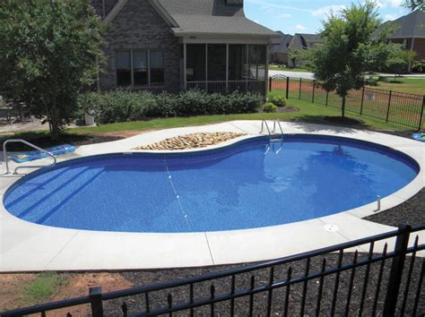 kidney shaped swimming pool above ground kidney shaped swimming pools
