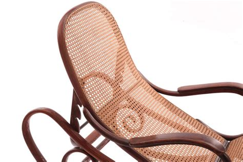chaise thonet stunning bentwood chaise by thonet at 1stdibs