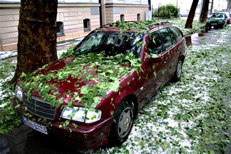 wann zahlt teilkasko welche autoversicherung zahlt nach dem unwetter auto360