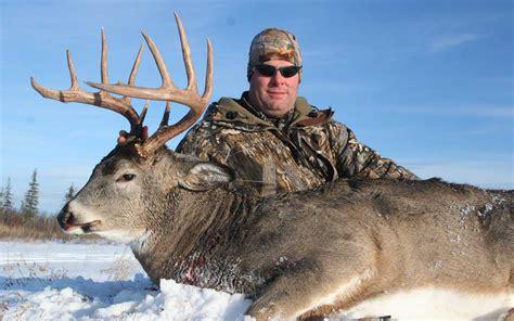 buck canada alberta whitetail deer trophy whitetail hunts mike