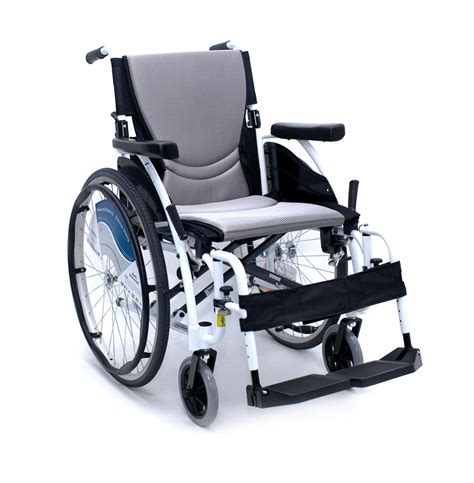 wheel chair white wheelchair s ergo alpine white 25 lbs ultralight k0004