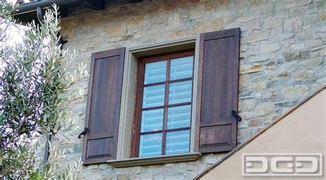 Exterior Decorative Shutters by Best 25 Exterior Wood Shutters Ideas On Diy