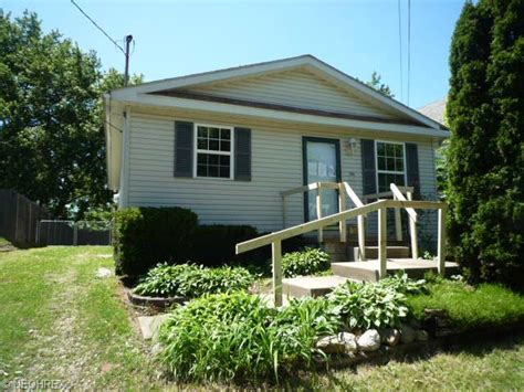 house for sale in akron ohio 44310 1266 sawyer ave akron ohio 44310 detailed property info foreclosure homes free