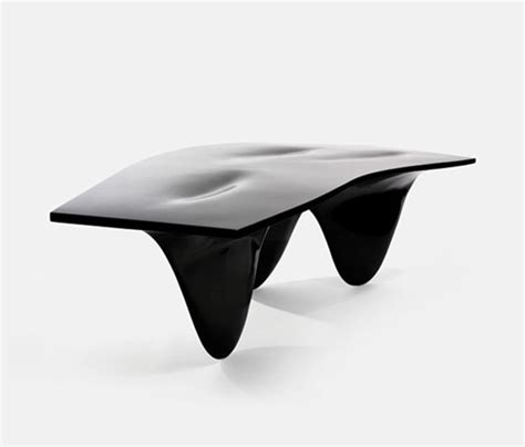 Design Aqua Table By Zaha Hadid D Sign Magazine Aqua Table