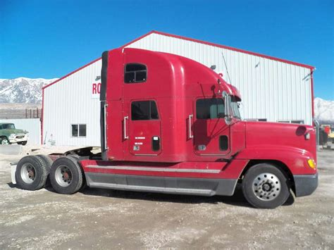 Freightliner With Sleeper by 1997 Freightliner Fld132 Classic Xl Sleeper Truck For Sale
