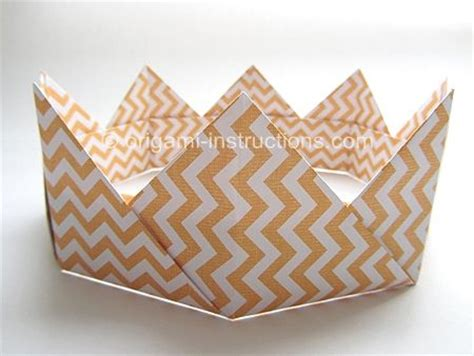 Origami Paper Crown - crafts modular origami and drama activities on