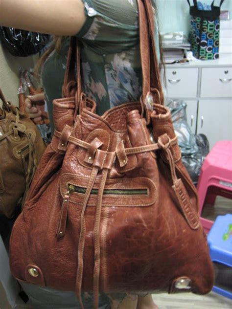 Gustto Large Parina Hobo by Designer Handbag Bible 187 Gustto Parina Tote Alba Style