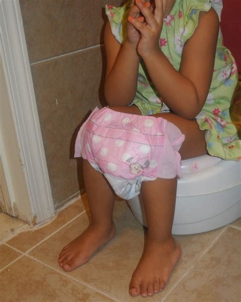little girl wearing huggies pull up diapers girls wearing huggies pull ups www imgkid com the