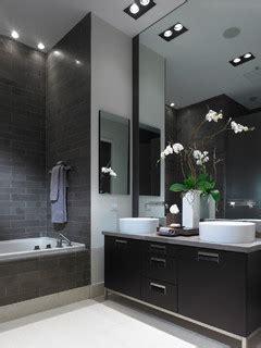 Accessoire Salle De Bain Design 7081 by Trends Blanc Noir Contemporary Bathroom New York