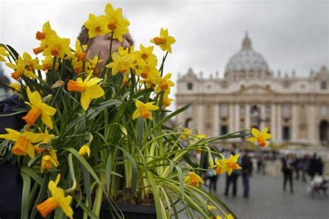 fiori dall olanda i fiori arrivati dall olanda per la celebrazione della