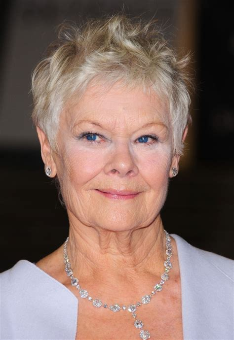 judi bench judi dench picture 28 world premiere of skyfall arrivals