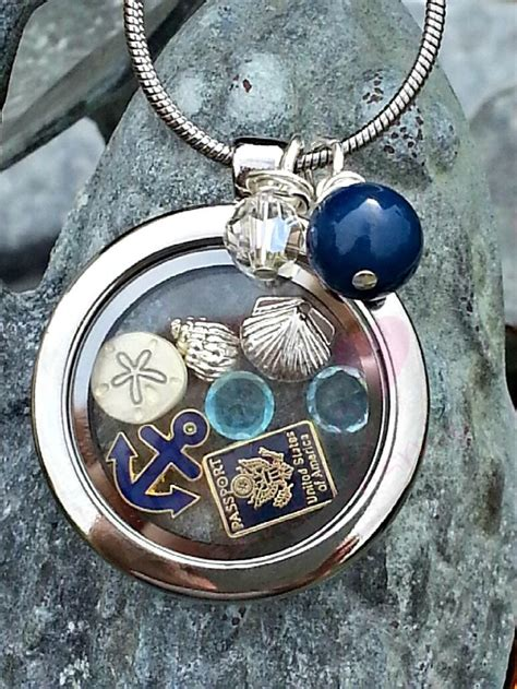 origami owl floating locket 25 best ideas about living lockets on