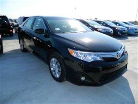 export new 2012 toyota camry le black on beige