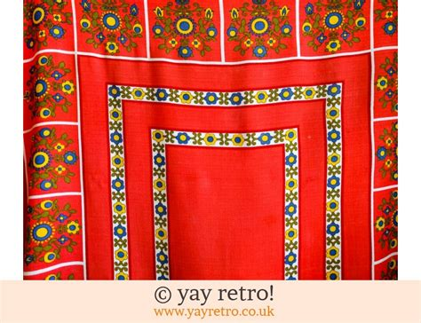 Sale 16086 Pattern bright vintage tablecloth 60 70s vintage shop