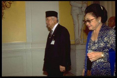 biography pak habibie biografi presiden soeharto biografi tokoh