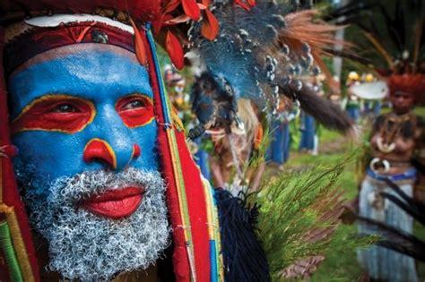 Mascara Sariayu Papua 15 reasons why papua new guinea papua new guinea makeup mu facepaint paint kryolan