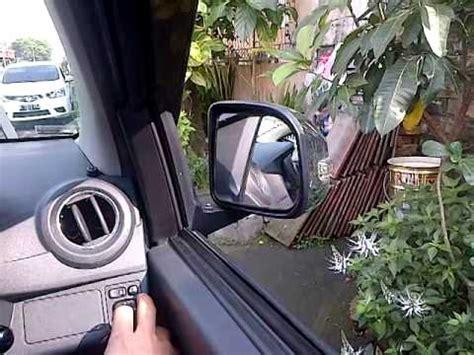 Spion Mobil Toyota Agya maling spion mobil doovi