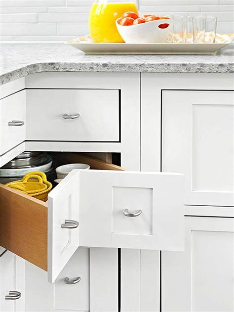 Corner Cabinets With Drawers by How To Build A Corner Cabinet With Drawers Woodworking