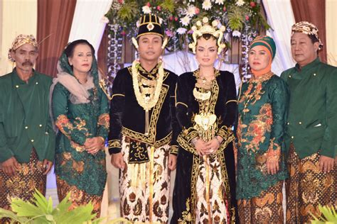 wedding java javanese weddings something new