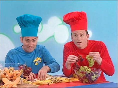 fruit salad wiggles jetaimelautomne the wiggles fruit salad